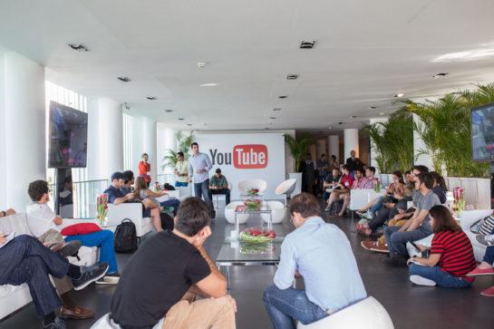 YouTube no Explore Rio with Google