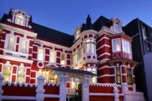 Palacio Astoreca, hotel butique com história em Valparaiso, Chile