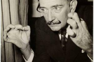 Salvador Dalí no Instituto Tomie Ohtake em SP