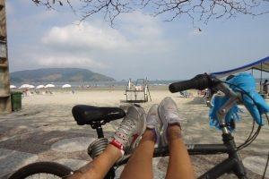 Um passeio de bicicleta em Santos