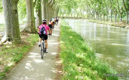 Passeio de bicicleta pela Provence, França
